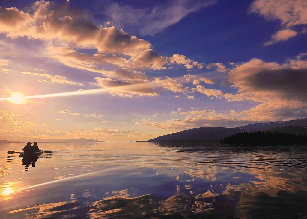 kola_peninsula_7___bring_me_that_horizon_by_til_til_de7d203-fullview